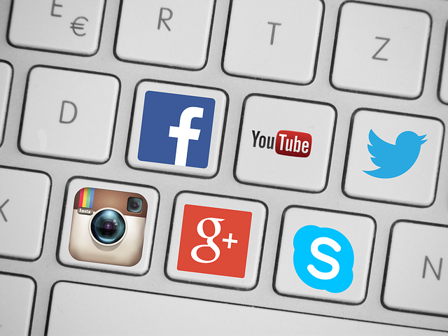 YOUTUBEとTwitterの連携
